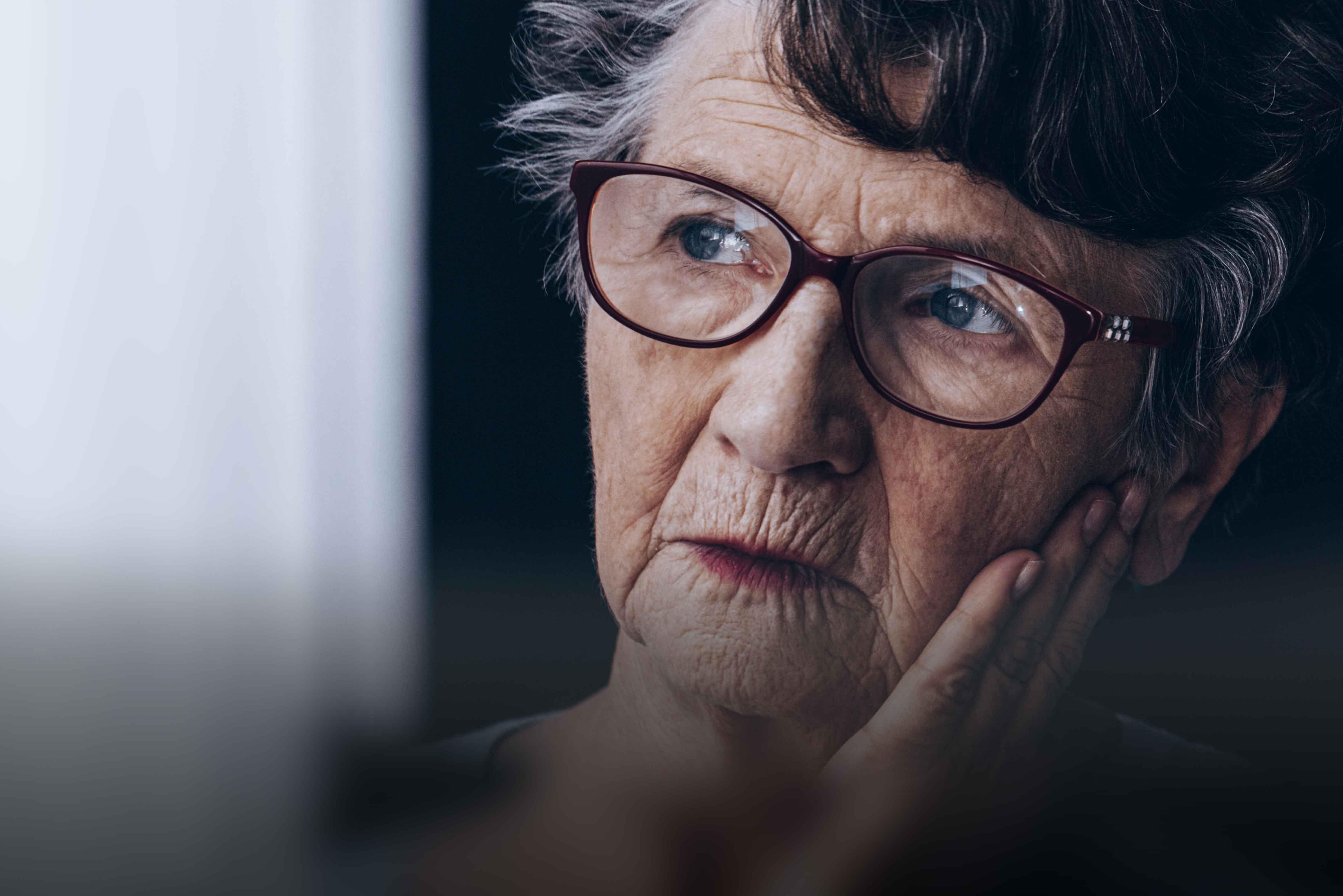 Understanding Alzheimer's Disease – Signs and Prevention