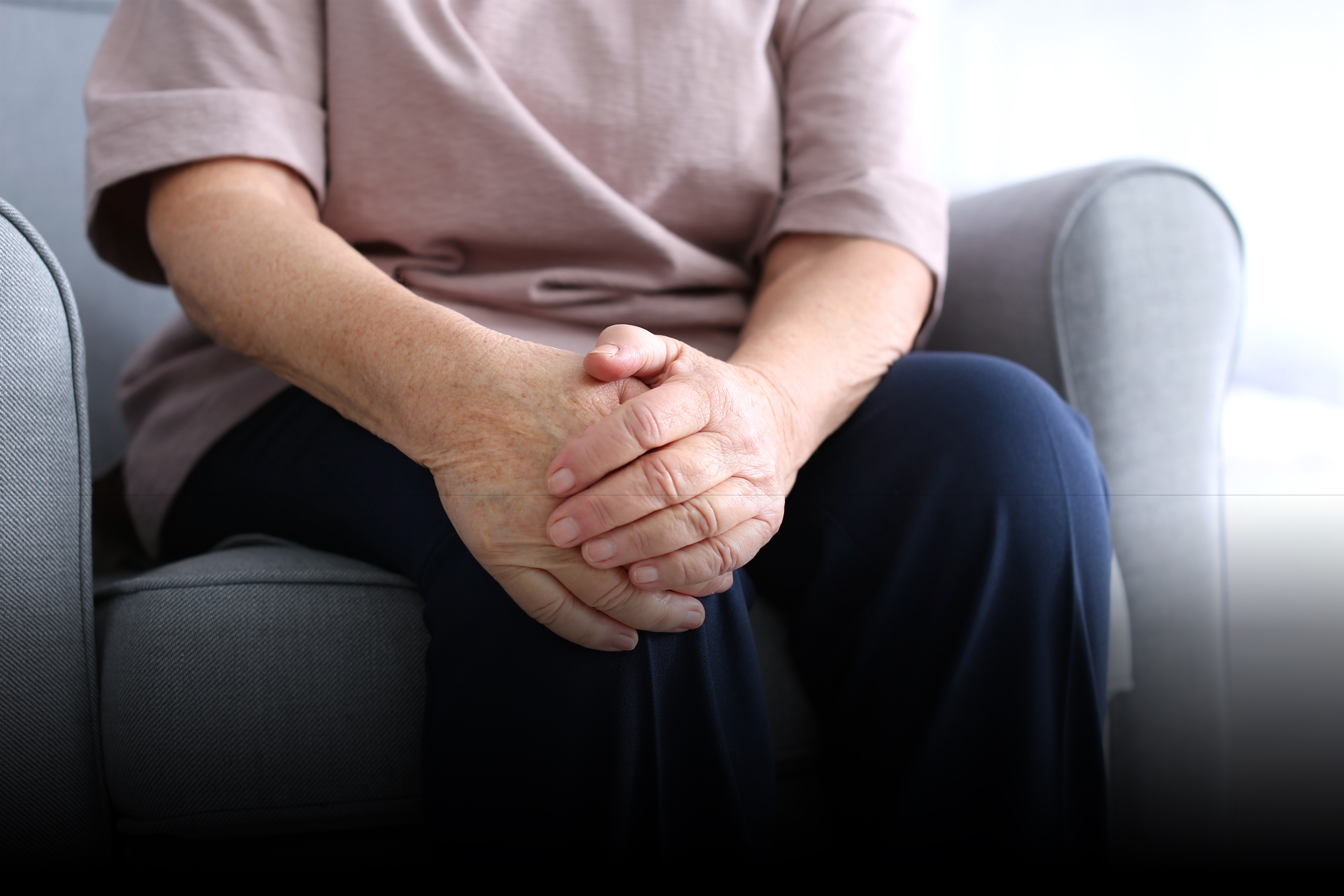 Do's and Don'ts After Knee Surgery In Old Age
