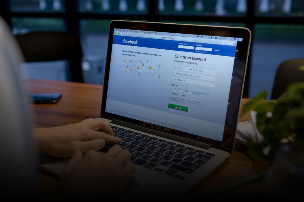 A Senior's Guide to Using Facebook Safely