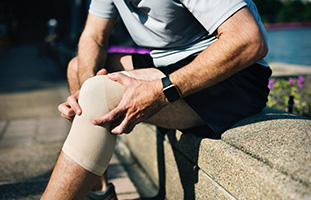 orthoPhysioAndKneeSupportAccessories
