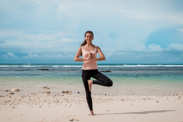 Best 5 Asanas to fit our body